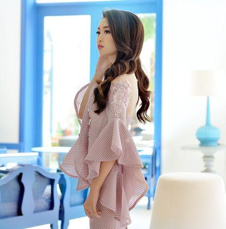 Hoa hau My Linh di chuyen nhu con thoi van dep hut mat - Anh 5