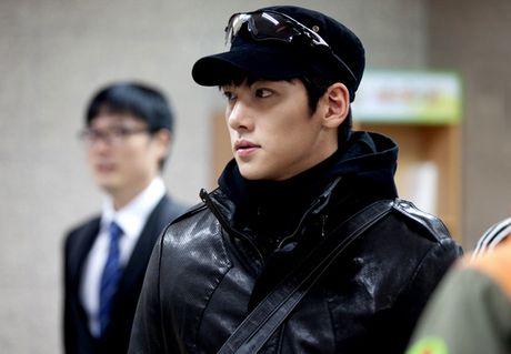Lee Min Ho va nhung anh chang 'dai bip' gay sot man anh - Anh 15