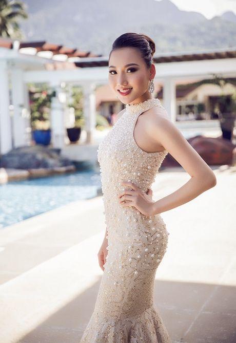Ngam vay dinh ngoc trai cua my nhan Viet thi HH Chau A - Anh 5