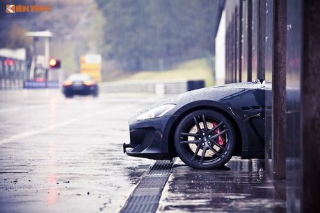 Xe sang Maserati Ghibli chinh hang dau tien tai Ha Noi - Anh 11