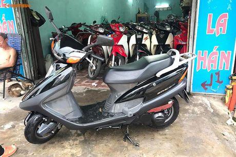 Honda Spacy doi 2008 'bien doc' gia hon 100 trieu tai VN - Anh 1