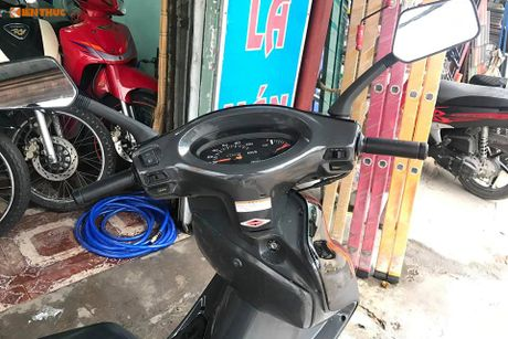 Honda Spacy doi 2008 'bien doc' gia hon 100 trieu tai VN - Anh 5