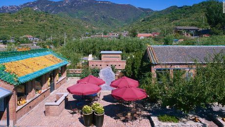 Nhung ngoi lang ngheo quanh Van Ly Truong Thanh 'doi doi' nho dia the - Anh 7