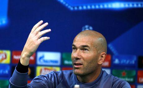 Zidane: 'Real Madrid khong the hai long voi ket qua hoa' - Anh 1