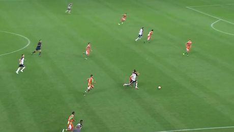 """Chiem nguong 10 sieu pham de cu """"Ban thang dep nhat nam"""" cua FIFA - Anh 6"""