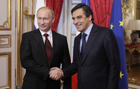 """Ong Putin """"chien thang cuoc bau cu Phap"""" - Anh 1"""