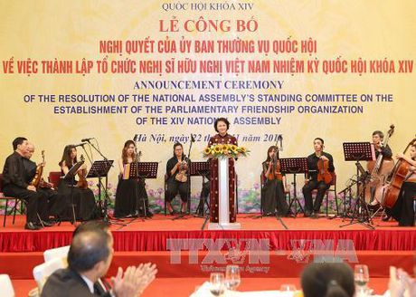 Thanh lap To chuc Nghi si huu nghi Viet Nam Quoc hoi khoa XIV - Anh 1