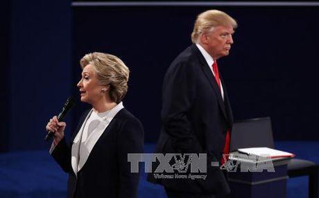 """Ong Trump co the """"bo qua"""" vu be boi thu dien tu cua ba Clinton - Anh 1"""