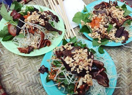 Nhung quan an khong bien hieu van dong khach o Ha Noi - Anh 4