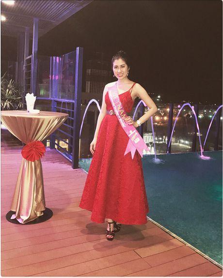 Emily Hong Nhung lot top 9 Hoa hau Du lich Quoc te 2016 - Anh 1