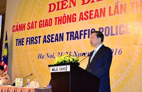 Khai mac Dien dan Canh sat giao thong ASEAN tai Viet Nam - Anh 1