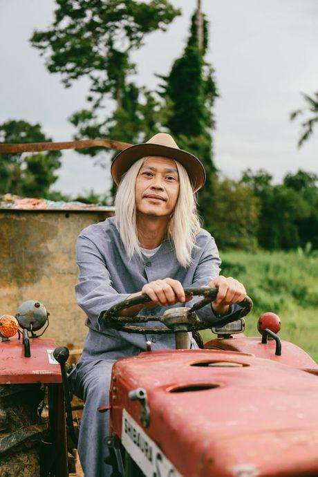 """Hoai Linh tro lai voi vai dien hai so truong trong bo phim hai Noel """"Ba vo cuoi vo Ba"""" - Anh 4"""