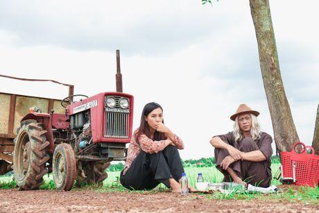 """Hoai Linh tro lai voi vai dien hai so truong trong bo phim hai Noel """"Ba vo cuoi vo Ba"""" - Anh 5"""