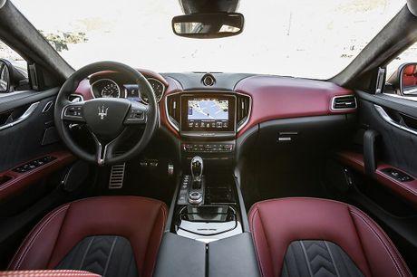 Maserati Ghibli-Diem nhan tai Le hoi am thuc Y - Anh 6