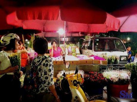 Ha Noi co nhung khu cho dem nhu the! - Anh 6