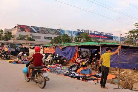 Su yen tinh but rut o 'thi tran Samsung Bac Ninh' - Anh 1