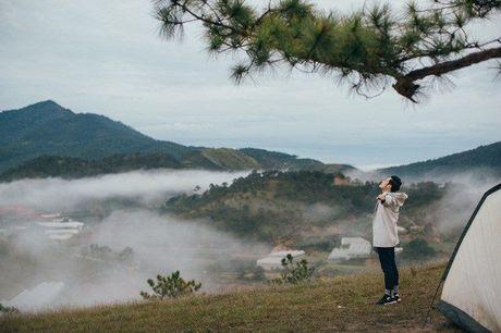 Nhung diem den dep 'rung tim' o Da Lat xuat hien trong MV moi cua Quang Vinh - Anh 10