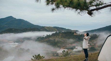 Nhung diem den dep 'rung tim' o Da Lat xuat hien trong MV moi cua Quang Vinh - Anh 1