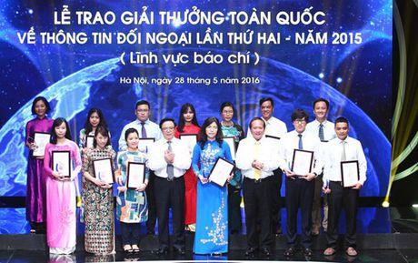 Giai thuong toan quoc ve thong tin doi ngoai nam 2016 - Anh 1