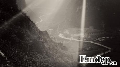 Cao nguyen da Ha Giang dep ki vi qua nhung thuoc hinh den trang - Anh 3