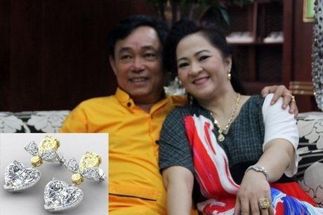 Qua 'khung' tang vo nhan dip ky niem cua nhung ong chong 'chiu choi' - Anh 3