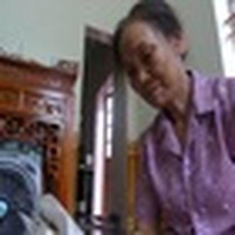 Qua 'khung' tang vo nhan dip ky niem cua nhung ong chong 'chiu choi' - Anh 8
