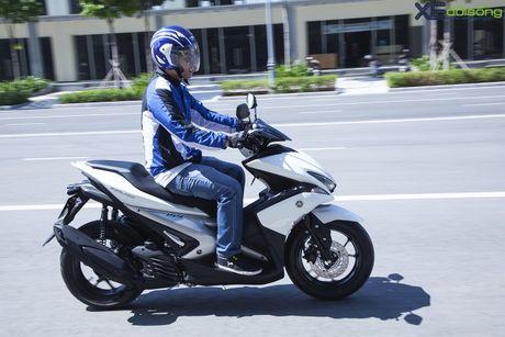 Danh gia Yamaha NVX: 'Bom tan' tren thi truong xe ga Viet Nam - Anh 15