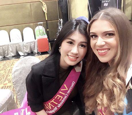 Emily Hong Nhung lot Top 9 Hoa hau du lich quoc te 2016 - Anh 4