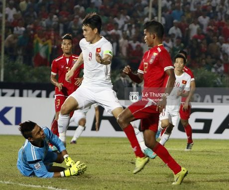 Viet Nam vs Malaysia: Cuoc chien day duyen no - Anh 3