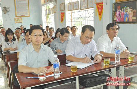 Pho Bi thu Thuong truc Tinh uy Nguyen Xuan Son tiep xuc cu tri thi xa Cua Lo - Anh 6
