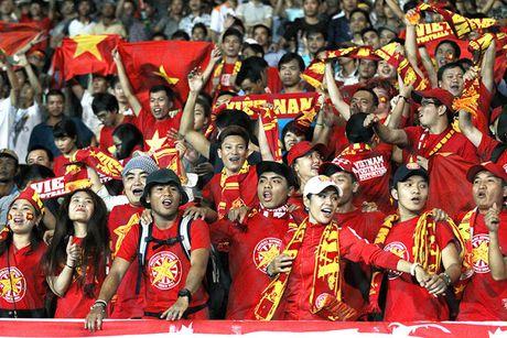 Tiep them 'lua' cho doi tuyen Viet Nam - Anh 1