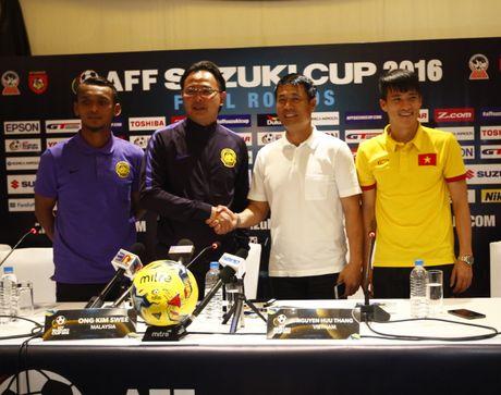 Malaysia goi lai 'noi dau AFF Cup 2014', Huu Thang va Cong Vinh dap loi - Anh 1