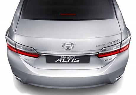 Toyota ra mat phien ban nang cap moi cho Altis - Anh 3