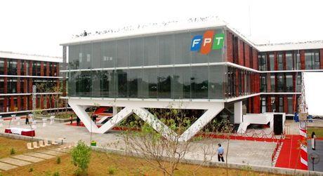 FPT lai rong gan 2.000 ty dong trong 10 thang - Anh 1