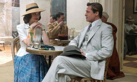 Brad Pitt va Marion Cotillard yeu khong cam xuc trong 'Allied' - Anh 1