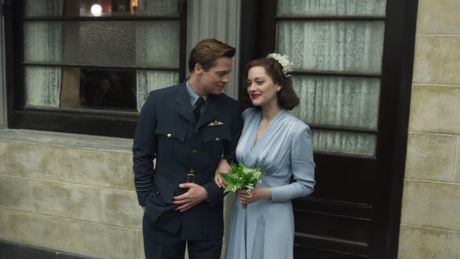 Brad Pitt va Marion Cotillard yeu khong cam xuc trong 'Allied' - Anh 2
