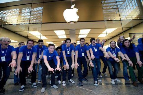 Apple da tao hon 2 trieu viec lam tai My tu khi iPhone ra doi nam 2007 - Anh 1