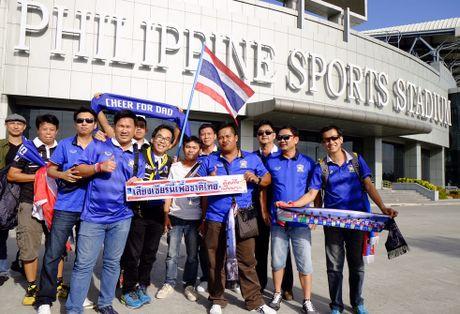 Thai Lan 0-0 Singapore (H1): Tuyen Thai thi dau be tac - Anh 5