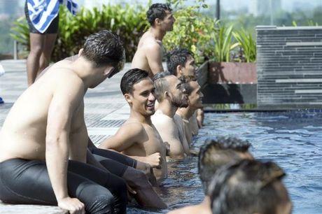 Malaysia dac y, 'u muu' danh bai tuyen Viet Nam - Anh 1