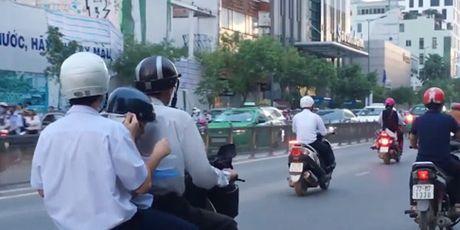 'Cho toi noi moi an thi con khong kip vao hoc, nen cung danh' - Anh 2