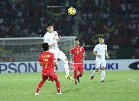 Doi hinh tieu bieu luot dau tien vong bang AFF Cup 2016 - Anh 2
