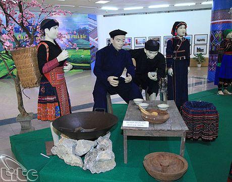 Khai mac Ngay hoi Huong sac vung cao tai Ha Noi - Anh 10