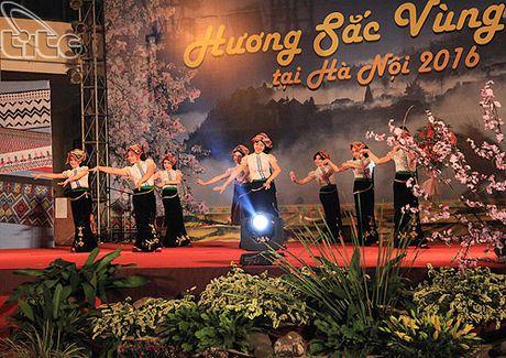 Khai mac Ngay hoi Huong sac vung cao tai Ha Noi - Anh 4