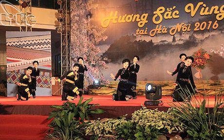 Khai mac Ngay hoi Huong sac vung cao tai Ha Noi - Anh 7