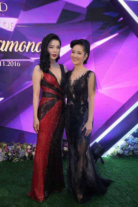 Hong Nhung khoe con va do dang voi Le Quyen - Anh 2