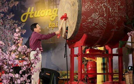 Huong sac vung cao giua long Ha Noi - Anh 1