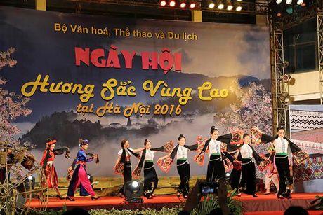 Huong sac vung cao giua long Ha Noi - Anh 3