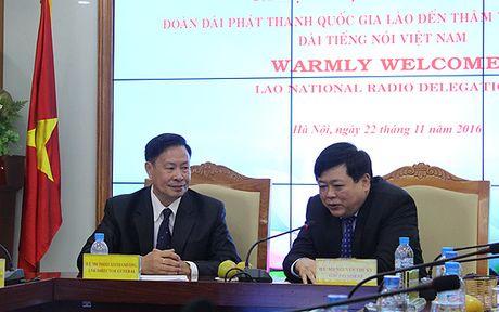Dai phat thanh Lao tham va lam viec tai Dai Tieng noi Viet Nam - Anh 1