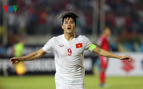 HLV Huu Thang: 'Nang 33 do cung phai chien dau!' - Anh 2