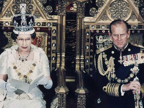 Nguong mo cuoc hon nhan keo dai 69 nam cua Nu hoang Elizabeth II - Anh 11